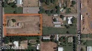 Single Family for sale in 37 S LINDSAY Road, Gilbert, AZ, 85296