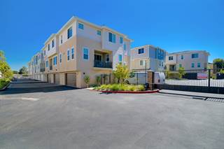 Townhouse for sale in 11321 Zapata Ave 12, San Diego, CA, 92126