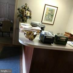 Comm/Ind for rent in 535 E HIGH STREET, Pottstown, PA, 19464
