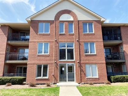 Residential Property for sale in 11112 E. COVE Circle 3C, Palos Hills, IL, 60465