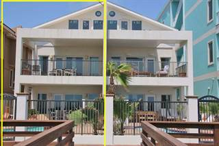Townhouse for sale in 4702 Gulf Blvd. B, South Padre Island, TX, 78597