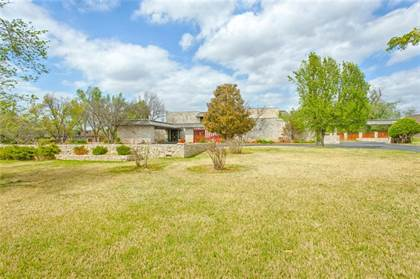 Residential for sale in 2307 NW Grand Boulevard, Nichols Hills, OK, 73116