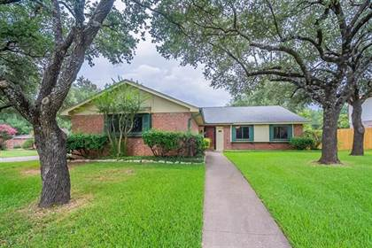 Residential for sale in 716 Whistler Drive, Arlington, TX, 76006