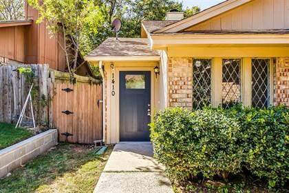 Residential for sale in 1410 Las Jardines Court, Arlington, TX, 76013