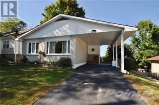 Single Family for sale in 12 CORA STREET W, Huntsville, Ontario