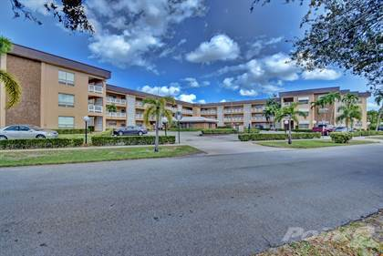 Apartment for rent in 555 South Luna Court, Hollywood, FL, 33021