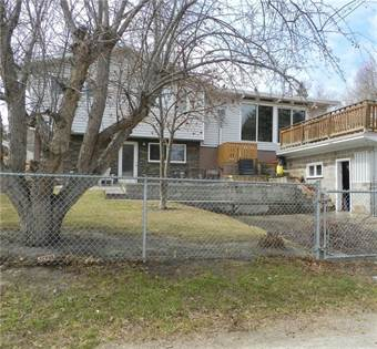 Single Family for sale in 208 HENDON DR NW, Calgary, Alberta