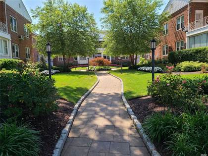 Residential Property for sale in 1361 Broadway B29, Hewlett Bay Park, NY, 11557