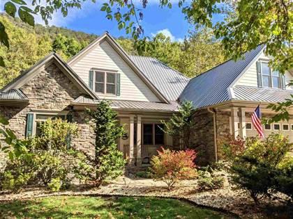 Residential Property for sale in 411 ELWOOD DR, Covington, VA, 24426