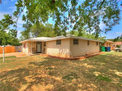 Residential for sale in 1013 SW 70th Street, Oklahoma City, OK, 73139