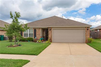 Residential for sale in 9628 Lauren Drive, Oklahoma City, OK, 73135