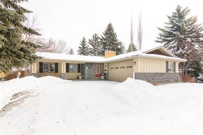 Single Family for sale in 1331 Mapleglade Crescent SW, Calgary, Alberta, T2J2H4