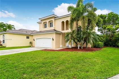 Residential Property for sale in 2921 Augusta Dr, Homestead, FL, 33035