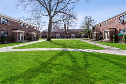 Residential Property for sale in 217-28 73 Avenue Upper, Oakland Gardens, NY, 11364
