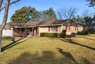 Single Family for sale in 1000 W Lee, Dimmit, TX, 79027
