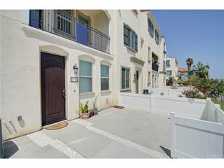 Condo for sale in 2214 W Anacasa Way, Anaheim, CA, 92804