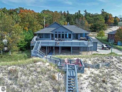 Residential for sale in 9414 Lakeside Avenue, Onekama, MI, 49675