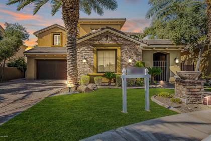 Residential Property for sale in 310 W NEW DAWN Drive, Chandler, AZ, 85248
