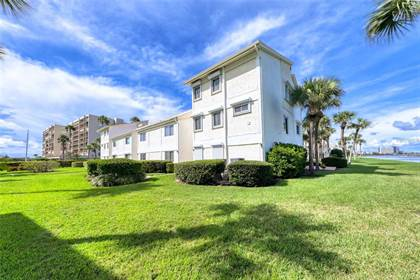 Residential Property for sale in 1451 GULF BOULEVARD 204, Clearwater, FL, 33767
