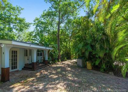 Residential Property for sale in 6401 SW 84th St, Miami, FL, 33143