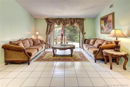 Residential for sale in 13700 Oak Ridge Dr., Davie, FL, 33325