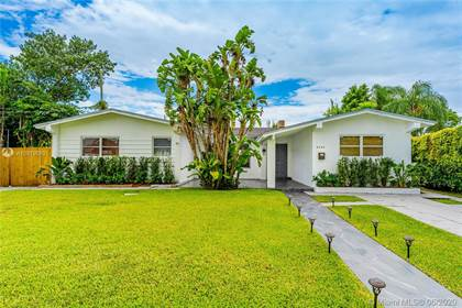 Residential Property for sale in 8240 SW 42nd St, Miami, FL, 33155