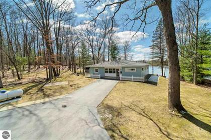 Residential Property for sale in 8527 W Dixson Drive, Irons, MI, 49644