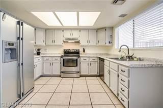 Single Family en venta en 1709 SHADOW MOUNTAIN Place, Las Vegas, NV, 89108