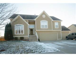Single Family for sale in 1515 Haystack Road, Raymore, MO, 64083