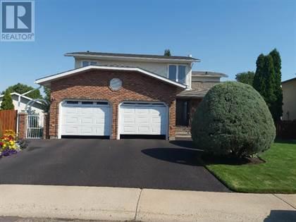 Single Family for sale in 620 19A Street NE, Medicine Hat, Alberta, T1C1P6