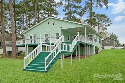 Single-Family Home for sale in 440 E. Oak Shadow , Onalaska, TX, 77360