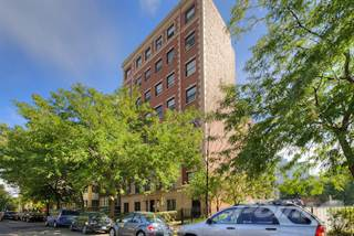 Apartment for rent in 735 W Junior Terrace, Chicago, IL, 60613