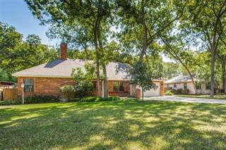 Single Family for sale in 1714 Kessler Parkway, Dallas, TX, 75208