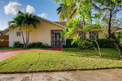 Residential for sale in 12225 SW 210th St, Miami, FL, 33177