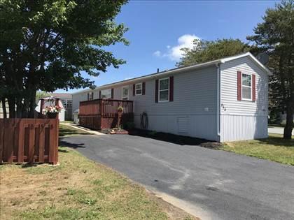 Residential Property for sale in 555 Thorn Avenue, Beaver Bank, Nova Scotia, B4E 1P8