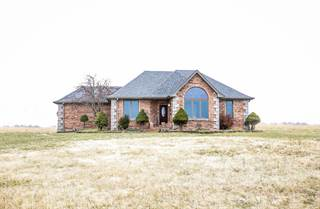 House for sale in 24 Oak Creek Drive, Fair Grove, MO, 65648