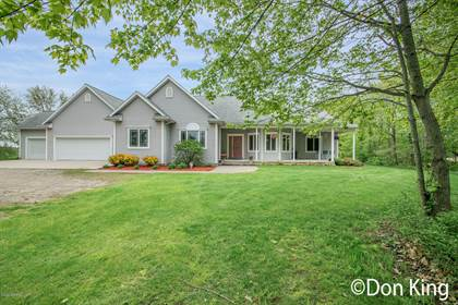 Residential Property for sale in 5000 Walker Avenue NW, Comstock Park, MI, 49321