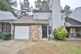 Townhouse for sale in 707 Pine Tree Trail, Atlanta, GA, 30349