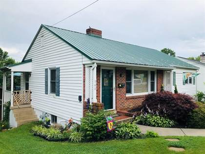 Residential Property for sale in 560 S 6TH ST, Wytheville, VA, 24382