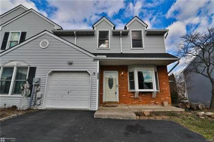 Residential Property for sale in 325 Village Walk Drive, Macungie, PA, 18062