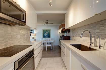Condominium for sale in 966 Inverhouse Dr 1410, Mississauga, Ontario, L5J4B6