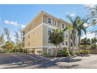 Condo for sale in 10091 Lake Cove DR 302, Fort Myers, FL, 33908