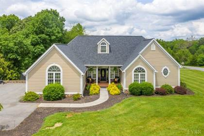 Residential Property for sale in 101 Point O Woods, Huddleston, VA, 24104