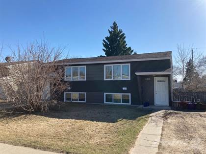 Multifamily for sale in 5324 53rd Ave, Bashaw, Alberta, T0B 0H0