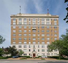 Condo for sale in 701 South Skinker Boulevard 301, Clayton, MO, 63105