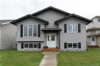 Residential Property for sale in 153 Lyons Close, Red Deer, Alberta, T4R 3P4