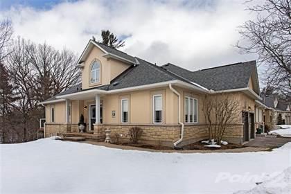 Condominium for sale in 40 Wesleyan Court 13, Ancaster, Ontario, L9G 5C7