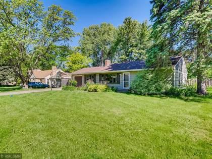Residential for sale in 1197 Burke Avenue W, Roseville, MN, 55113