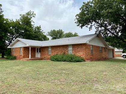 Residential for sale in 311 Ave E SE, Childress, TX, 79201