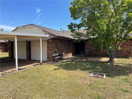 Residential for sale in 5312 Chad Road, Oklahoma City, OK, 73135